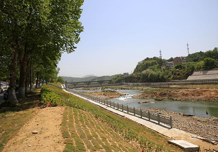 义水北路河道护坡工程